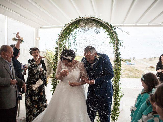 Il matrimonio di Roberto e Patrizia a Viareggio, Lucca 43