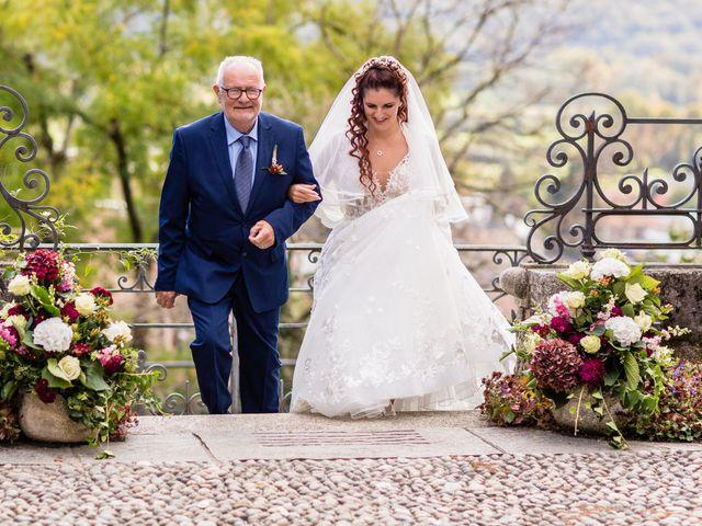 Il matrimonio di Matteo e Elena a Erba, Como 13