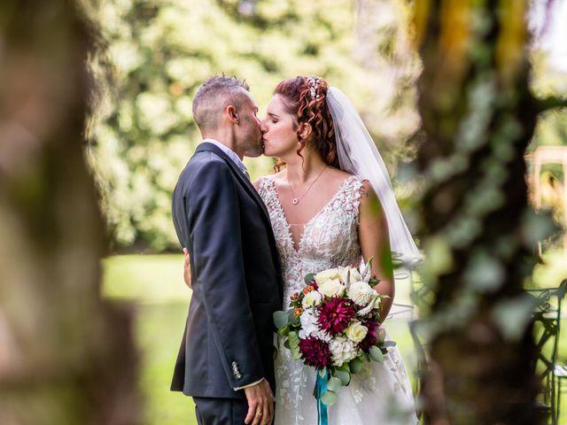 Il matrimonio di Matteo e Elena a Erba, Como 26