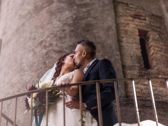 Il matrimonio di Matteo e Elena a Erba, Como 32