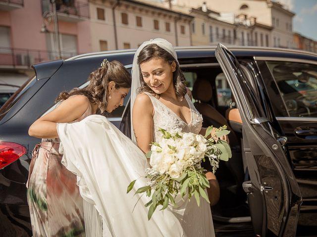 Il matrimonio di Enrico e Maria a Villafranca di Verona, Verona 14