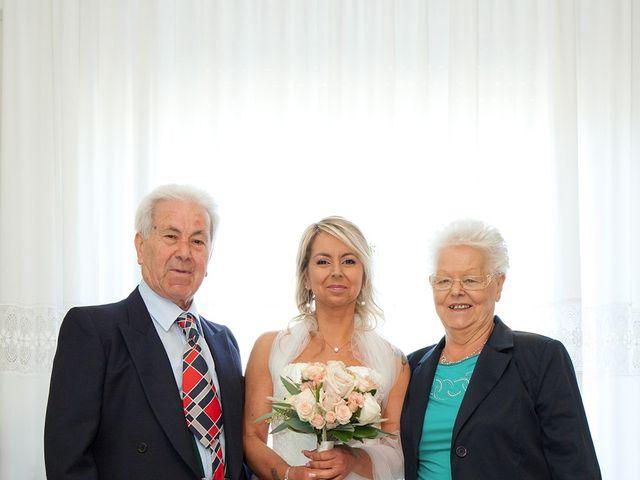 Il matrimonio di Massimiliano e Antonella a Concorezzo, Monza e Brianza 26