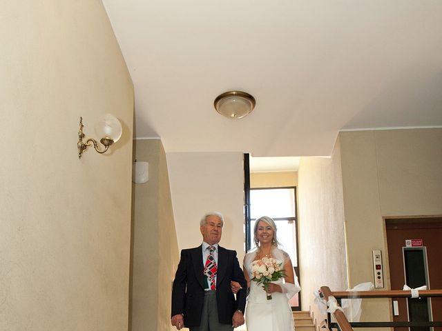 Il matrimonio di Massimiliano e Antonella a Concorezzo, Monza e Brianza 28