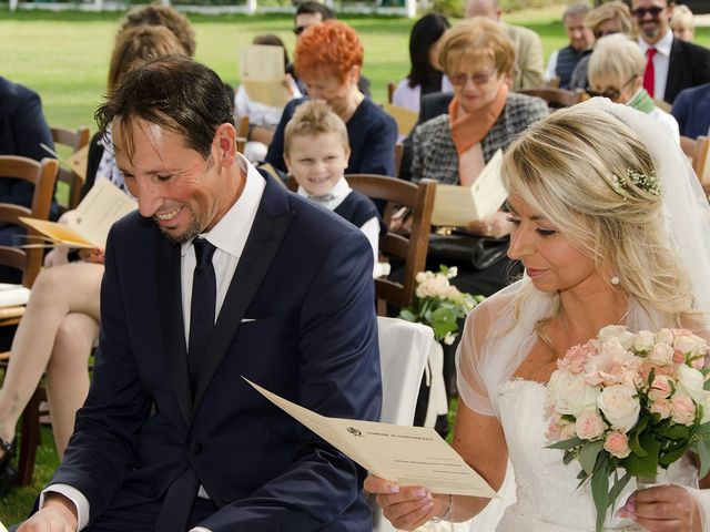 Il matrimonio di Massimiliano e Antonella a Concorezzo, Monza e Brianza 45