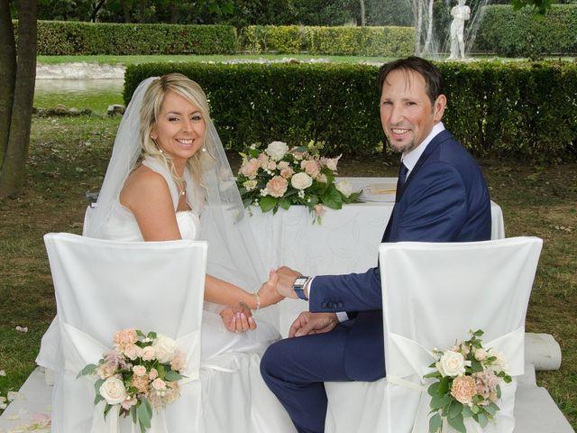 Il matrimonio di Massimiliano e Antonella a Concorezzo, Monza e Brianza 59
