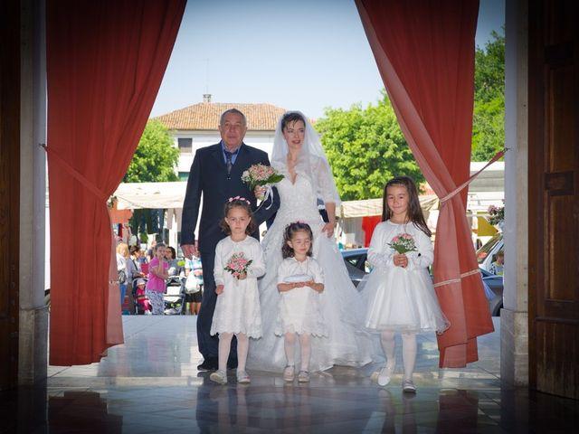 Il matrimonio di Marco e Yuliya a Castello di Godego, Treviso 35
