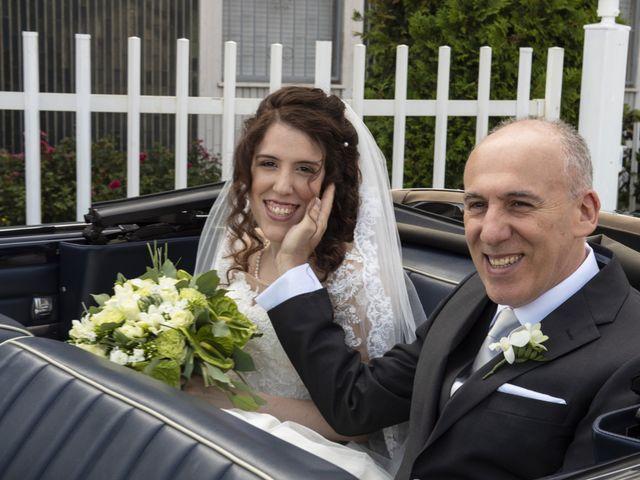 Il matrimonio di Pierfabio e Lisa a Vittuone, Milano 18