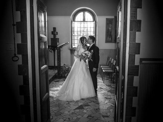 Il matrimonio di Pierfabio e Lisa a Vittuone, Milano 24