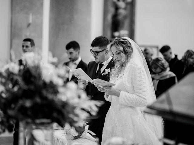 Il matrimonio di Mirko e Sara a Borgomanero, Novara 27