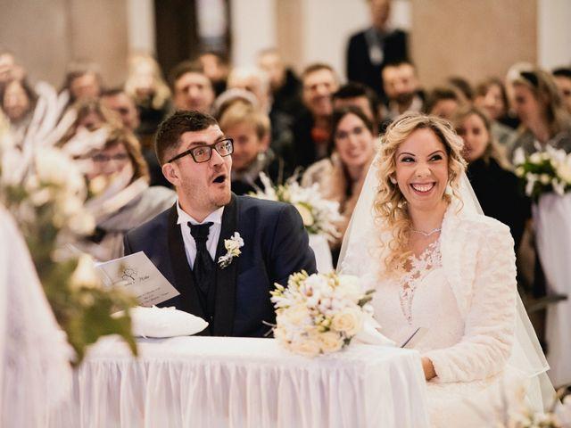 Il matrimonio di Mirko e Sara a Borgomanero, Novara 29
