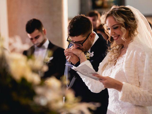 Il matrimonio di Mirko e Sara a Borgomanero, Novara 30