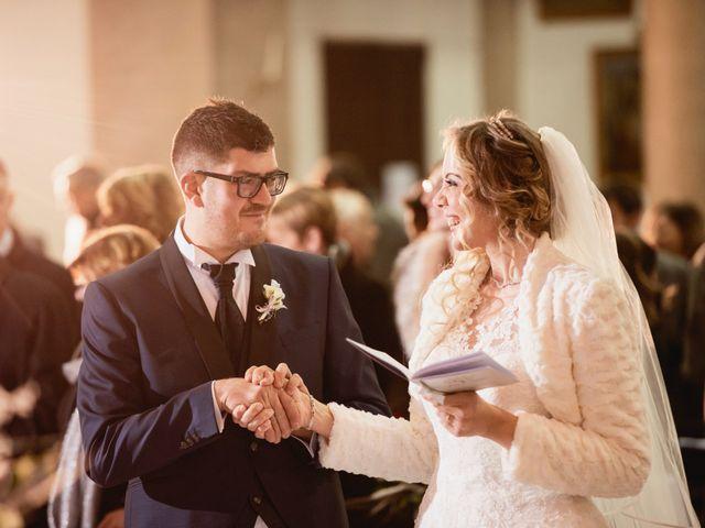 Il matrimonio di Mirko e Sara a Borgomanero, Novara 31