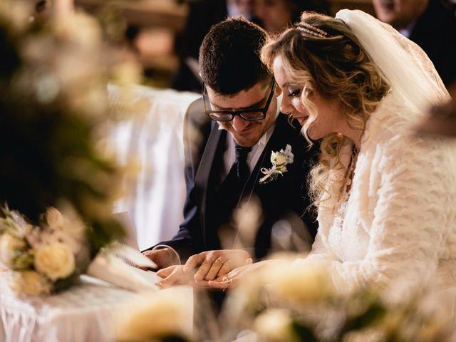 Il matrimonio di Mirko e Sara a Borgomanero, Novara 32