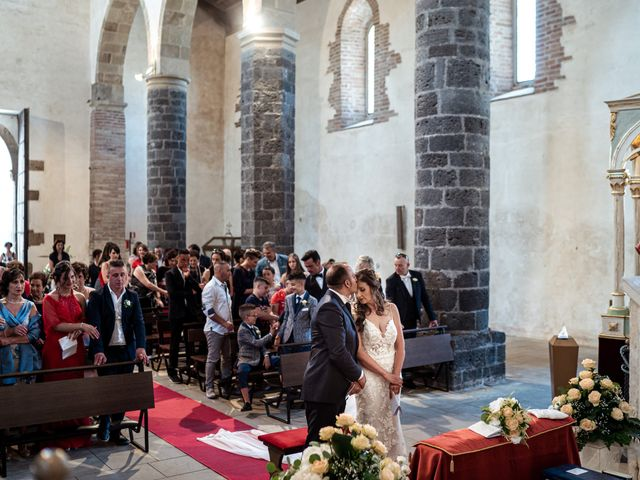 Il matrimonio di Claudia e Tony a Bronte, Catania 37