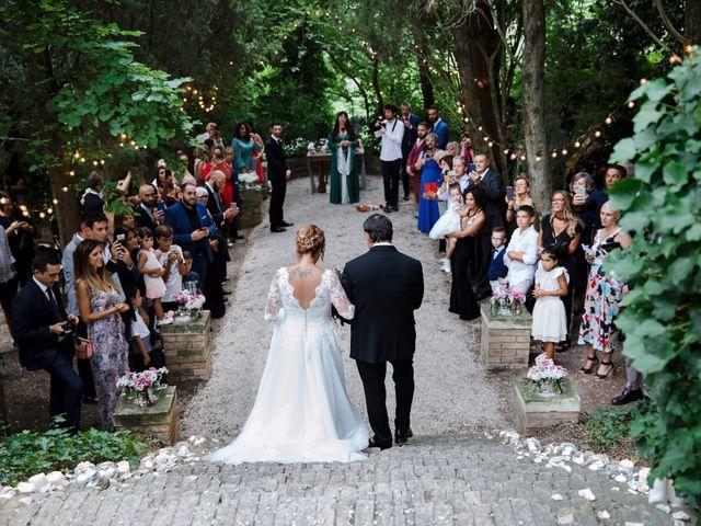 Il matrimonio di Mirko e Chiara a Cingoli, Macerata 16
