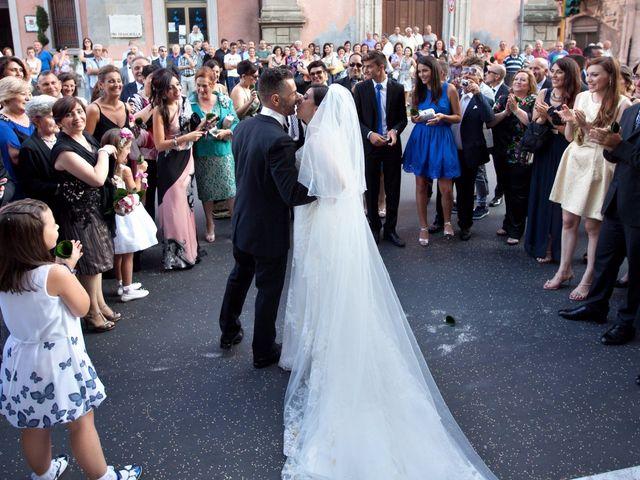 Il matrimonio di Francesco e Irene a Francavilla di Sicilia, Messina 172