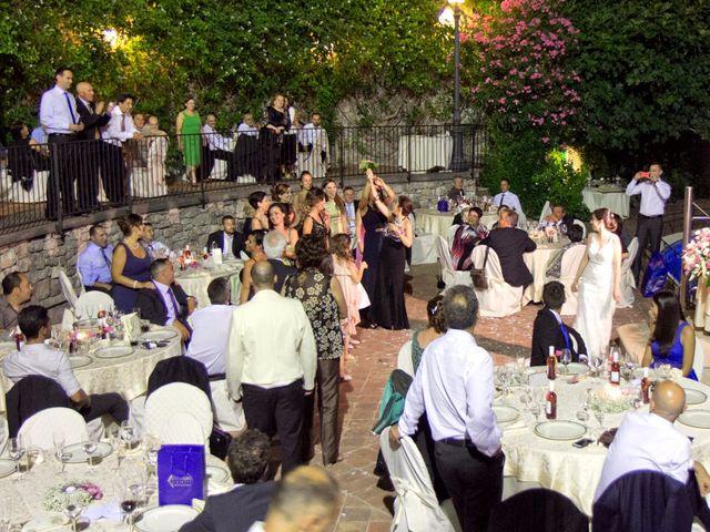 Il matrimonio di Francesco e Irene a Francavilla di Sicilia, Messina 234
