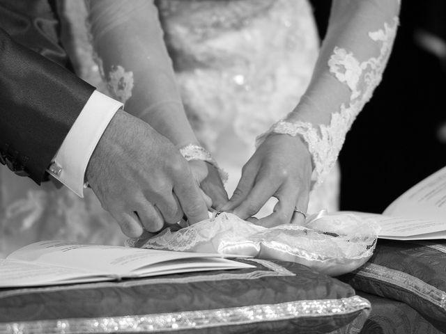 Il matrimonio di Michele e Sara a Monte Roberto, Ancona 15