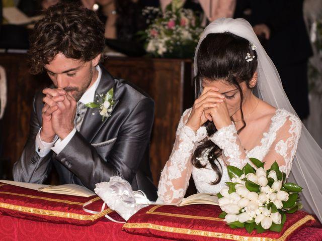 Il matrimonio di Michele e Sara a Monte Roberto, Ancona 18