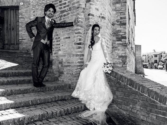 Il matrimonio di Michele e Sara a Monte Roberto, Ancona 19