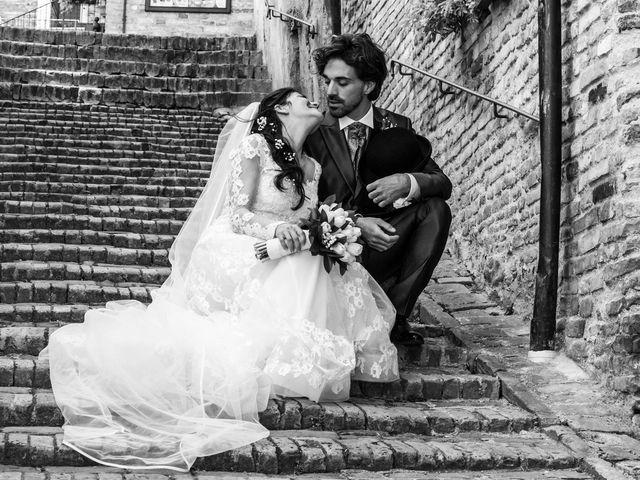 Il matrimonio di Michele e Sara a Monte Roberto, Ancona 21