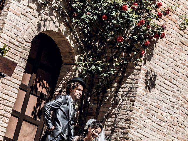 Il matrimonio di Michele e Sara a Monte Roberto, Ancona 26