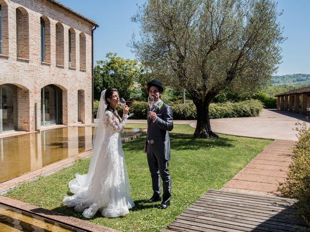 Il matrimonio di Michele e Sara a Monte Roberto, Ancona 28