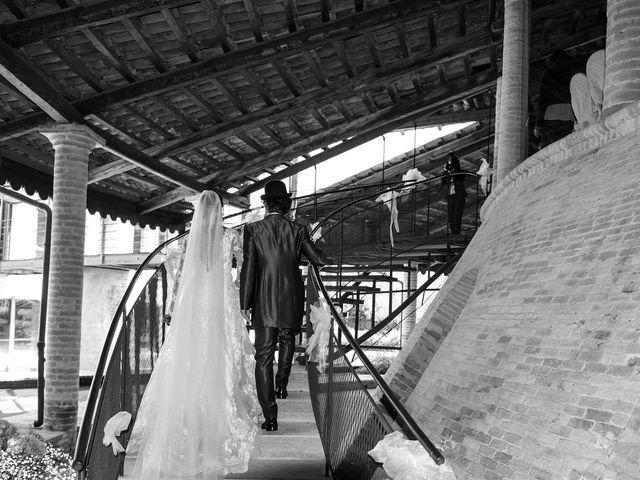 Il matrimonio di Michele e Sara a Monte Roberto, Ancona 31