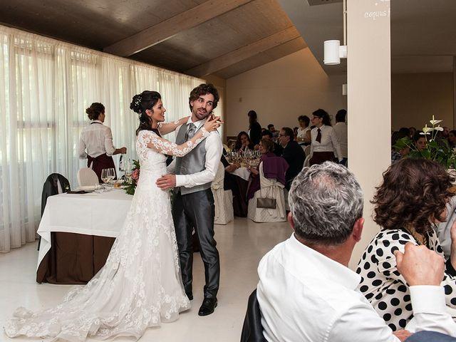 Il matrimonio di Michele e Sara a Monte Roberto, Ancona 32