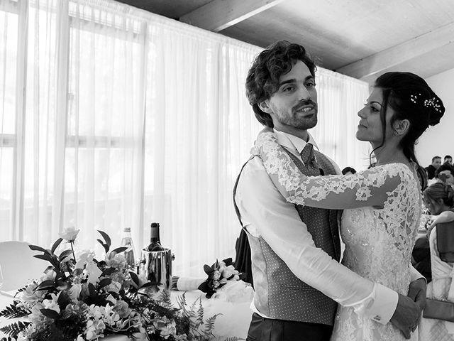 Il matrimonio di Michele e Sara a Monte Roberto, Ancona 33