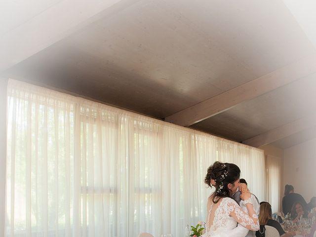 Il matrimonio di Michele e Sara a Monte Roberto, Ancona 35