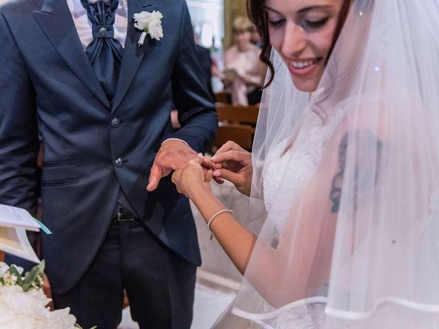 Il matrimonio di Gabriele e Elisa a Bardello, Varese 37