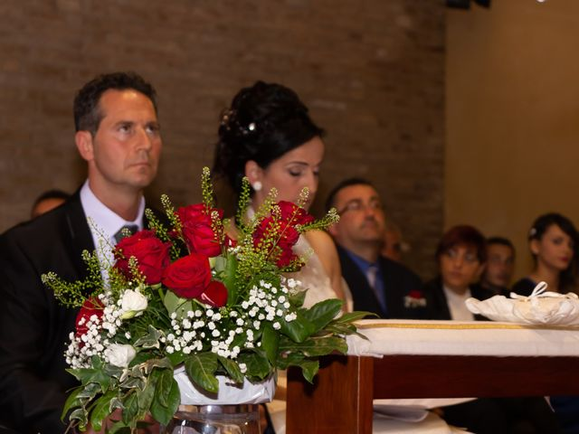Il matrimonio di Roger e Antonella a Giulianova, Teramo 22