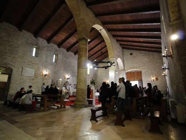 Il matrimonio di Roger e Antonella a Giulianova, Teramo 21