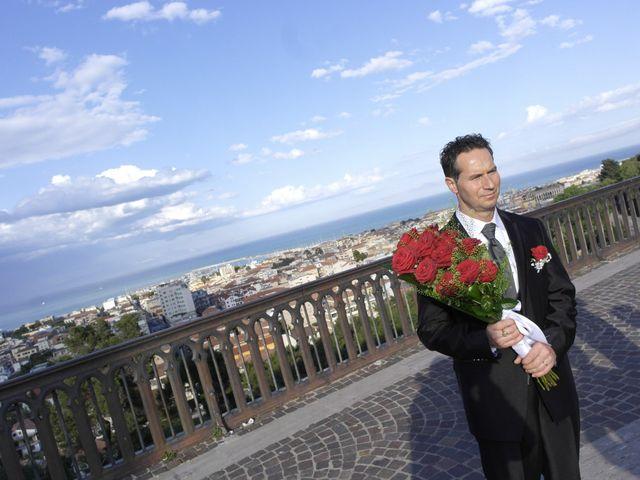 Il matrimonio di Roger e Antonella a Giulianova, Teramo 27