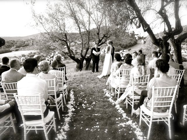 Il matrimonio di Gilbert e Christiane a Passignano sul Trasimeno, Perugia 10