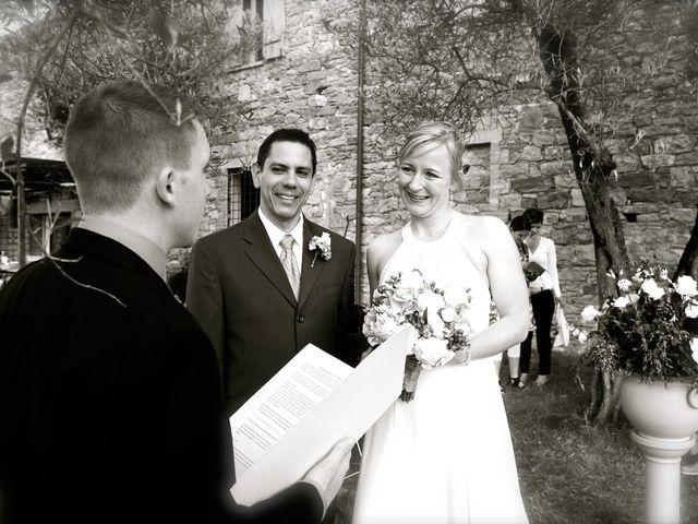 Il matrimonio di Gilbert e Christiane a Passignano sul Trasimeno, Perugia 11