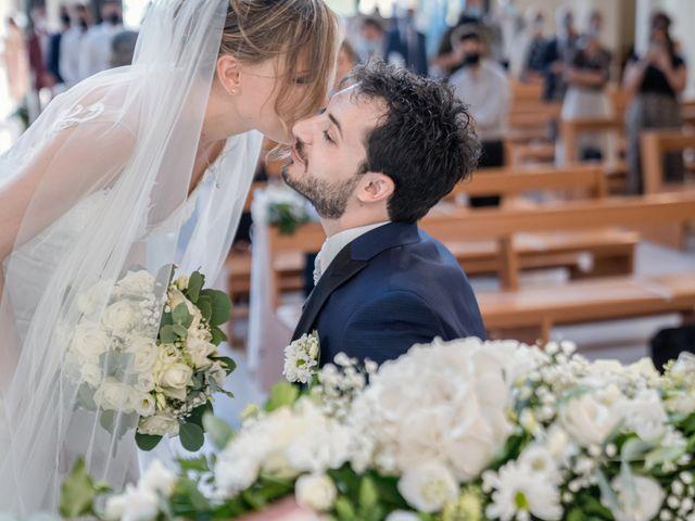Il matrimonio di Francesco e Gloria a Caorle, Venezia 35