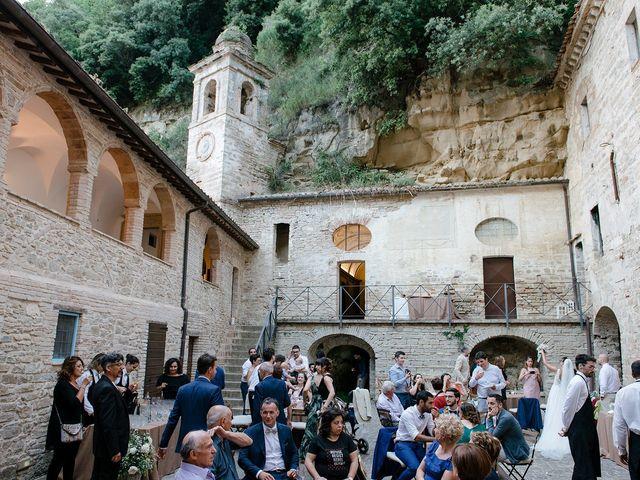 Il matrimonio di Matteo e Giovanna a Cupramontana, Ancona 44