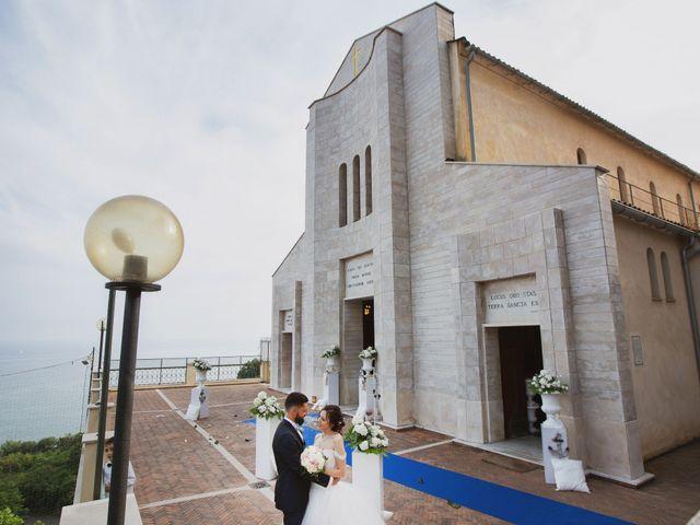 Il matrimonio di Mario e Teresa a Vietri sul Mare, Salerno 27