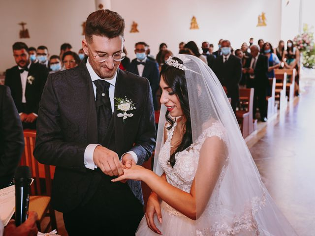 Il matrimonio di Celine e Ernesto a Vittoria, Ragusa 11