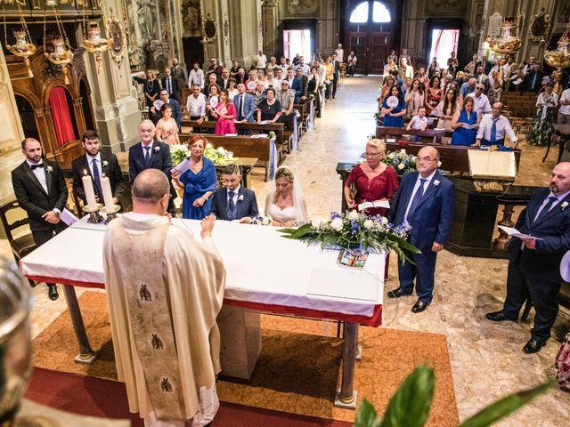Il matrimonio di Marco e Daniela a Gaggiano, Milano 24