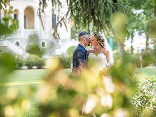 Il matrimonio di Marco e Daniela a Gaggiano, Milano 40