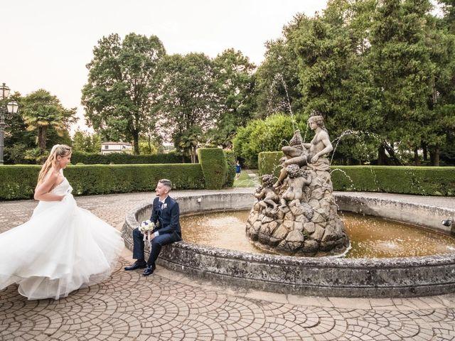 Il matrimonio di Marco e Daniela a Gaggiano, Milano 41