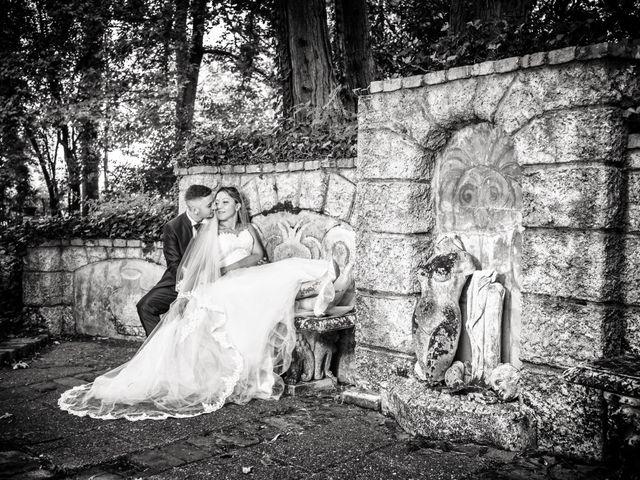 Il matrimonio di Marco e Daniela a Gaggiano, Milano 43
