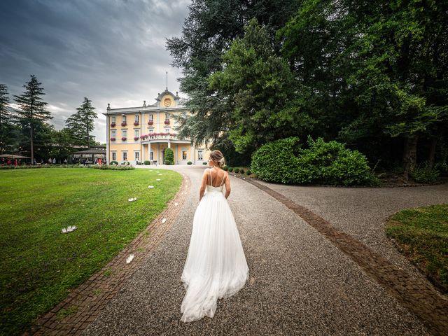 Il matrimonio di Alessandro e Alessandra a Carvico, Bergamo 32