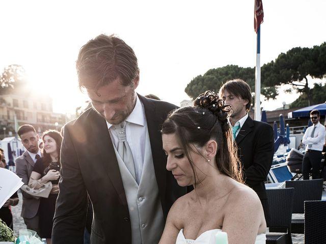 Il matrimonio di Enrico e Barbara a Celle Ligure, Savona 14