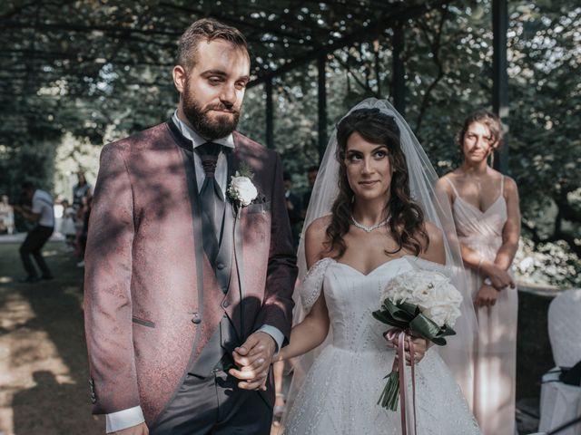 Il matrimonio di Tommaso e Sara a Bodio Lomnago, Varese 100