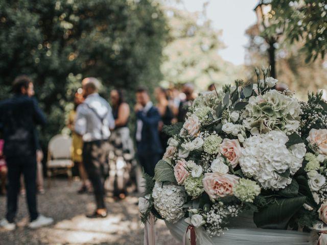 Il matrimonio di Tommaso e Sara a Bodio Lomnago, Varese 123