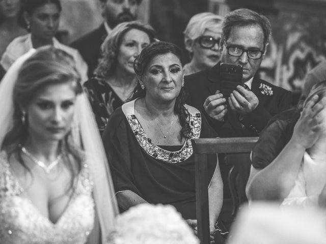 Il matrimonio di Emanuele e Lucia a Pozzuoli, Napoli 21